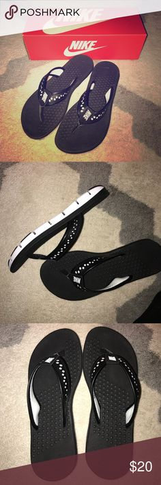 Nike women's flex motion thing sandal Black and white Nike flip-flops with textured insole. Brand-new with box! Nike Shoes Sandals