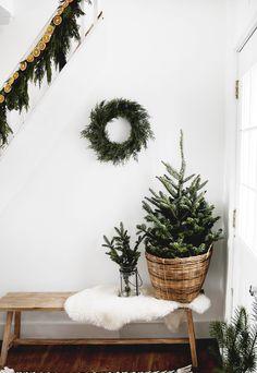 Simple Living Room Christmas Decor
