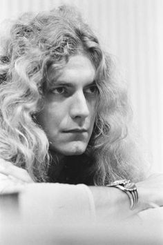 Musings & Pictures Focused on Robert Plant Led Zeppelin Robert Plant Young, Robert Plant Led Zeppelin, Beatles, Elevator Music, Best Rock Bands, Rock N Roll Music, Joan Jett, Rockn Roll, Jimmy Page