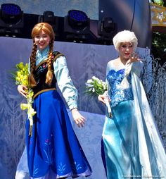 Anna and Elsa on the Frozen Summer Fun stage at Disney's Hollywood Studios. #Frozen #Disney