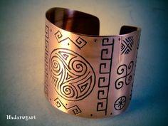 Hadarugart Cuff Bracelets, Mugs, Tableware, Twitter, Jewelry, Fantasy Jewelry, Dinnerware, Jewlery, Jewerly