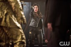 """The Flash -- """"Rogue Time"""" -- Image FLA116B_0080b -- Pictured: Peyton List as Lisa Snart -- Photo: Dean Buscher/The CW -- © 2015 The CW Network, LLC. All rights reserved.pn"""