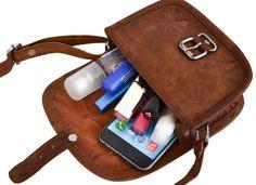 """Nichts kann mehr schiefgehen, wenn """" Mary XXS """" mit von der Partie ist. Die kleine Handtasche aus Ziegenleder kann im angesagten Vintage-Style vollkommen überzeugen - Lederhandtasche - Gusti Leder - K36"""