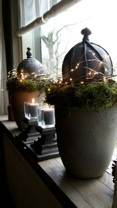 Noel or Christmas Modern Farmhouse style! Simple gray pottery pots with moss and lights! Noel or Christmas Modern Farmhouse style! Simple gray pottery pots with moss and lights! Christmas Mood, Rustic Christmas, Simple Christmas, All Things Christmas, Christmas Ornaments, Holiday, Modern Farmhouse Style, Farmhouse Chic, Pottery Pots