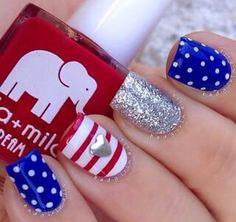 4 July nail