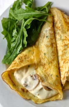 30 Simple Crepe Recipes That Will Make Your Day - Crepes Rezepte Breakfast Crepes, Crepes And Waffles, Savory Crepes, Pancakes, Mexican Breakfast, Breakfast Sandwiches, Breakfast Bowls, Easy Crepe Recipe, Crepe Recipes