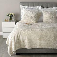 Textured Faux Fur Throw - Almond | The White Company