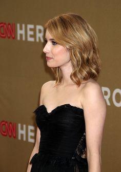 Emma Roberts Hair -gonna grow mine like this!
