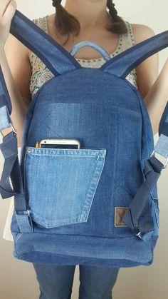 Denim Handbags, Denim Tote Bags, Jean Backpack, Backpack Bags, Denim Patchwork, Denim Fabric, Mochila Jeans, Denim Bag Patterns, Sewing Jeans