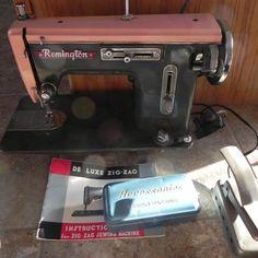 #597 Vintage PINK Remington de Luxe Zig Zag Sewing Machine Parts Repairs Book ++ #RemingtonDeLuxeZigZag