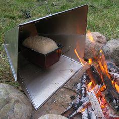 Svante Freden Reflector Oven for campfire baking Price: £50.00
