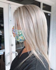 Ash Blonde Hair Balayage, Bright Blonde Hair, Blonde Hair Shades, Blonde Hair Looks, Silver Platinum Hair, Silver Blonde Hair, Platinum Blonde Hair, Blondes, Hair Goals