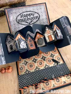 Burniston Designer Challenge - Houses Halloween pop-up house card made with Tim Holtz and Karen Burniston products. Great design for a pop-up cardHalloween pop-up house card made with Tim Holtz and Karen Burniston products. Great design for a pop-up card Halloween Pop Up Cards, Photo Halloween, Halloween Mini Albums, Theme Halloween, Halloween Paper Crafts, Cute Halloween Costumes, Handmade Halloween Cards, Halloween Scrapbook, Fun Fold Cards