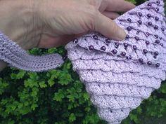 José Crochet: crocodile scale stitch