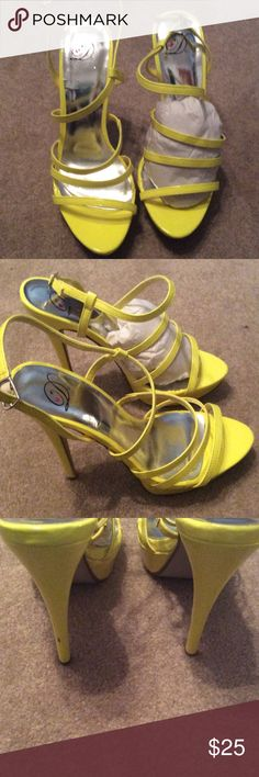 "NWOT Summer Heels NWOT Nice Summer Yellow heel Sandals just one small scrape shown in pic  heel is 5"" inches tall None Shoes Sandals"