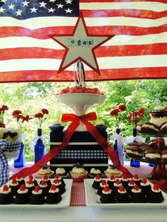 www.theperfecttablecapecod.com All American Graduation Party