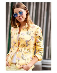 White Label pure linen blazer from Rofa Fashion Group in the summer collection at Irish Hancrafts. Irish Fashion, Linen Jackets, Linen Blazer, Mother Of Pearl Buttons, Fashion Group, Summer Collection, Pure Products, Label, Shopping