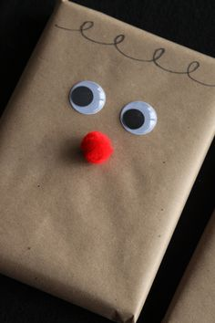 i couldn't resist: a great way to make brown paper wrapping cute