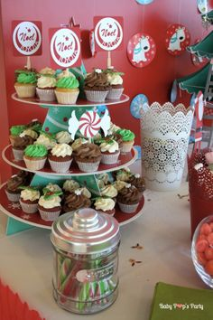 Sweet table Merry Christmas - Arbre de noël Toyota - www.babypopsparty.com/en-image Toyota, Sweet, Party, Image, Noel, Christmas Trees, Children, Candy, Parties