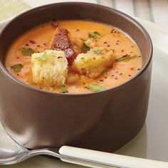 Roasted Root Vegetable Bisque @keyingredient #chicken #vegetables