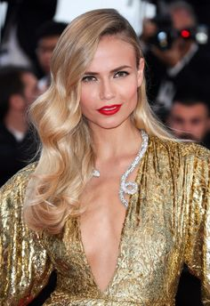 Natasha Poly, casually defining GLAMOUR. More sassy hair styles to pore over here: http://asos.do/xJvK6q