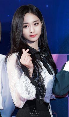 Twice - Tzuyu Kpop Girl Groups, Korean Girl Groups, Kpop Girls, Nayeon, Korean Beauty, Asian Beauty, Na Haeun, Sana Cute, Twice Tzuyu