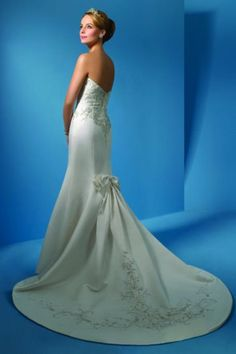 Alfred Angelo White Satin Style Modern Wedding Dress Size 4 (S) off retail Wedding Dress 2013, Wedding Dress Sizes, Fall Wedding, One Shoulder Wedding Dress, Wedding Dresses, Bridal Closet, Recycled Bride, Wedding Events, Weddings