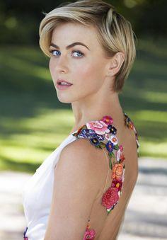 Julianne - Hough Beautiful Short cut #blonde