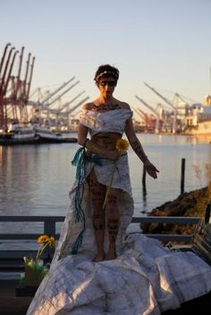 Seattle diver Laura James sports trash fashion, wins kayak trip with Macklemore | West Seattle Herald / White Center News
