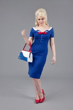 Glamour bunny - I have this bag! And Frankii Wilde is such a beautiful model for these vintage styles <3