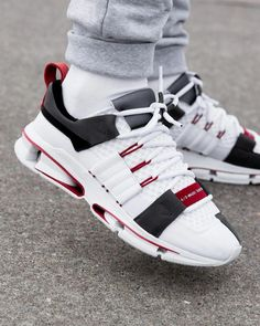new concept 5dcdf 57f7e Adidas Twinstrike A D White   Grey   Red Credit   Overkill  Sneakers Zapatos