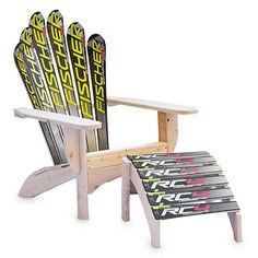 This could be easy to make with your old skis