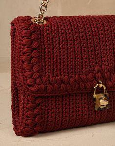 Dolce bag flat uncinetto e pitone media Donna - Borse Donna su Online Store…