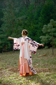 Silk Japanese Kimono with Water Lily Print... by AstralBoutique