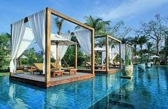 Friendly and fun-loving, exotic and tropical, cultured and historic, Thailand