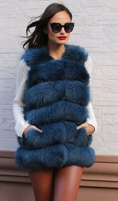 Fox Vest with whole skins Made in Italy; Skins Quality: SAGA ROYAL FURS; Color: Blue; Closure: With hooks; Collar: Plat; Lining: 100% Satin; Lining Color: Fantasy, Multicolor; Length: 65cm;