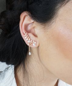 Elegant 2 In 1 Stunning Leaf And Vine Inspired Ear Cuff Earrings In Gold Genuine Rhodium Plating - Baubles N Gems Small Gold Hoop Earrings, Gold Diamond Earrings, Unique Earrings, Pearl Diamond, Diamond Heart, Black Diamond, Diamond Jewelry, Ear Earrings, Bar Stud Earrings