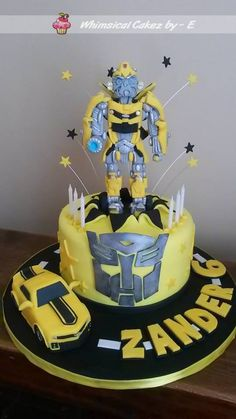 Bumble bee cake - transformers Bumble Bee Cake, Transformers Birthday Parties, Transformer Birthday, Bee Cakes, Rescue Bots, Transformers Bumblebee, Bee Party, Specialty Cakes, Cake Cookies