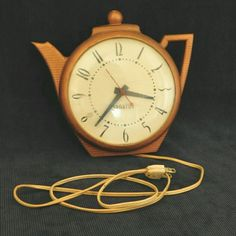 Vintage Mid Century Retro TEAPOT CLOCK by SPARTUS Herold Products Co Chicago