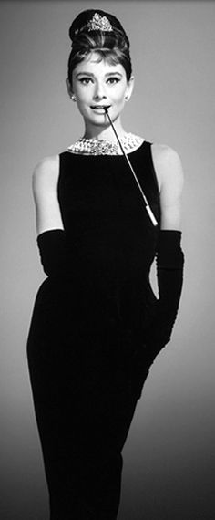 Breakfast at Tiffany's never hurt anyone and best fashion film for Audrey Hepburn looks and inspiration ♡
