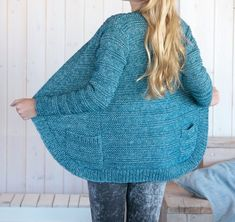 Knit a cardigan - This Stone Washed cardigan is knitted in double thread and ideal to combine with every outfit. This cardigan is a good addition to your wardrobe! Sweater Knitting Patterns, Cardigan Pattern, Free Knitting, Men And Babies, Pulls, Knitted Hats, Knitwear, Free Pattern, Knit Crochet