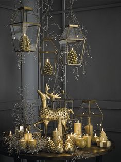 Black Christmas, Silver Christmas Decorations, Christmas Mood, Christmas Centerpieces, Holiday Decor, Party Centerpieces, Deco Noel Nature, Diy Natal, Halloween Home Decor