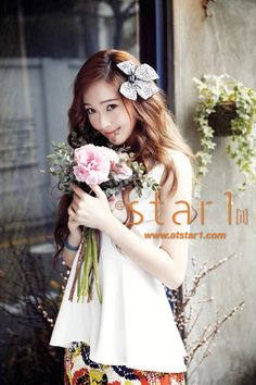 hair - Girls' Generation's Jessica becomes a spring goddess for 'At Style'