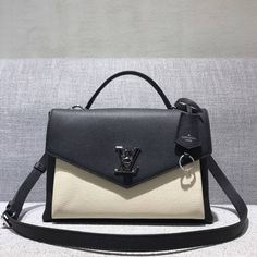 980aa7ddef5e Louis Vuitton Calfskin My Lockme Bag M54878 Vanille Noir 2017 Louis Vuitton  2017