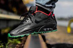 Nike iD Air Max 90 Hyperfuse