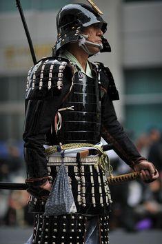Samurai Warriors by mr. Katana, Samurai Warriors 2, Samourai Tattoo, Chinese Armor, Koi, Samurai Weapons, Shadow Warrior, Warrior Spirit, Samurai Artwork