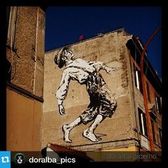 #Repost @doralba_pics with @repostapp.・・・#streetart #mural #murales #romeart #colours #roma #rome #wall #artedarua #artederua #paintedwall #beautifulart #moderngraffiti #travel #urbanart #arteurbana #streetartist #jefaerosol #ilovestreetart #nofilter #rom