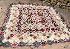 beautiful hexagon crochet afghan