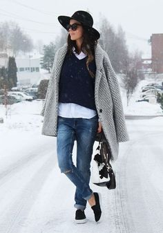 distressed jeans - knit coat | nette nestea