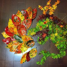 Japanese Are Going Crazy About The Fallen Leaves, Turn Them Into Art